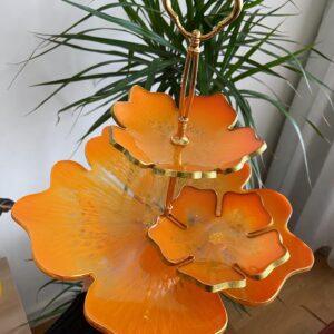 2 katlı Turuncu çiçek sunumluk